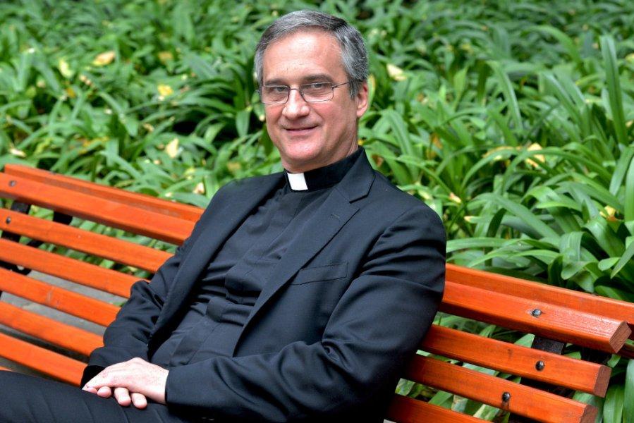 http://iglesiadesantiago.cl/arzobispado/site/artic/20170505/imag/foto_0000000920170505114013.jpg